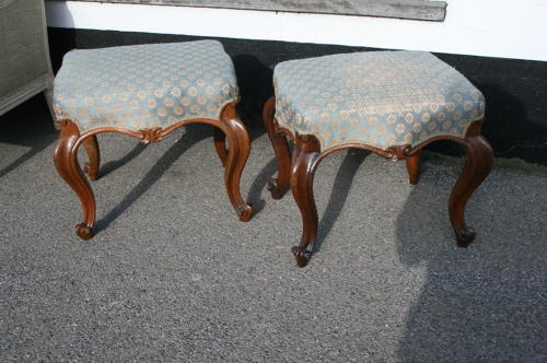 Victorian pair of rosewood stools