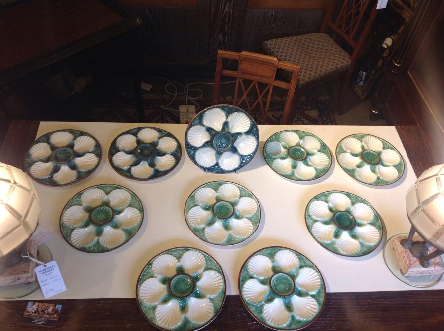 Set of 10 Green Oyster plates