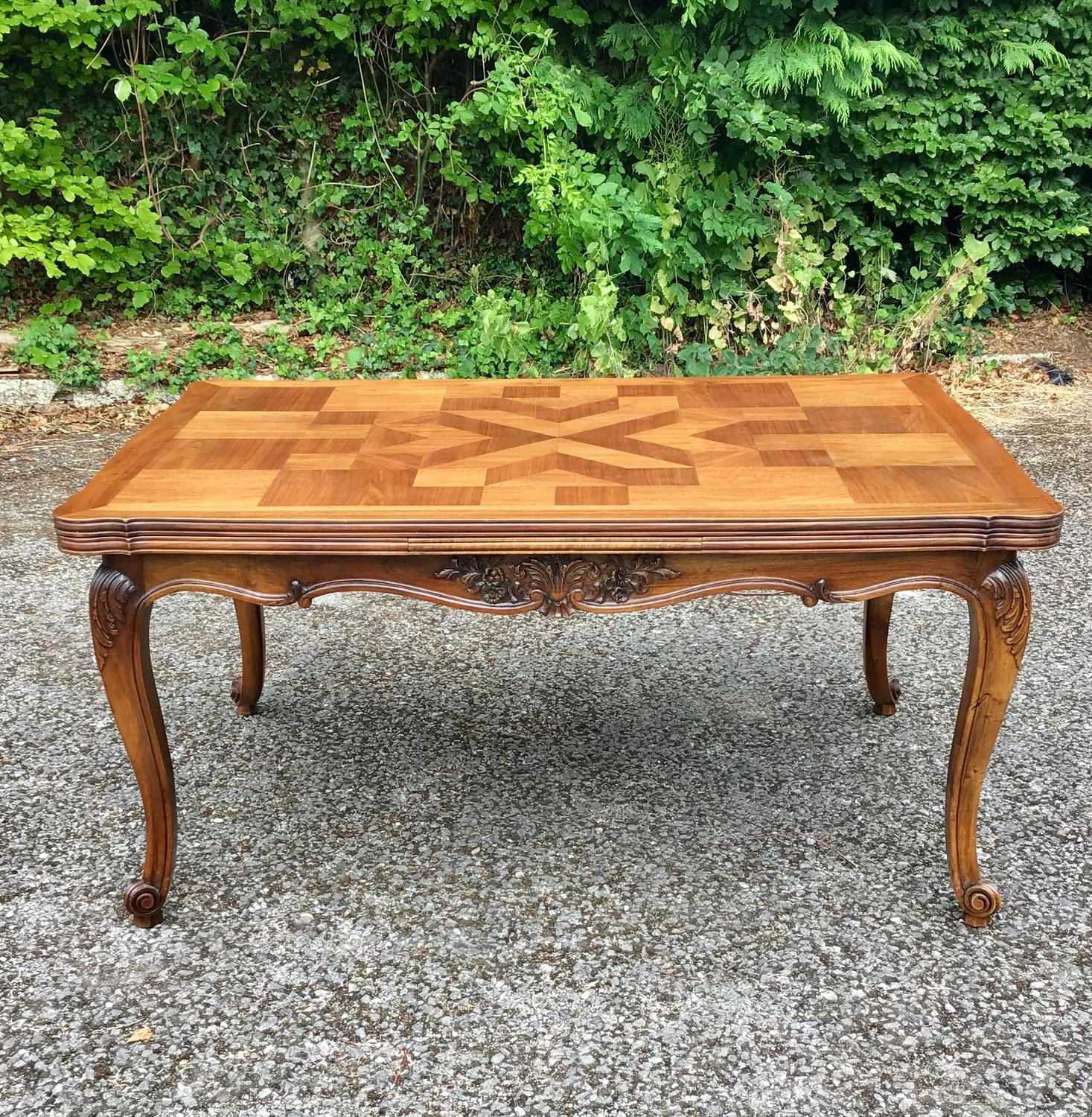 French Walnut Draw leaf Table