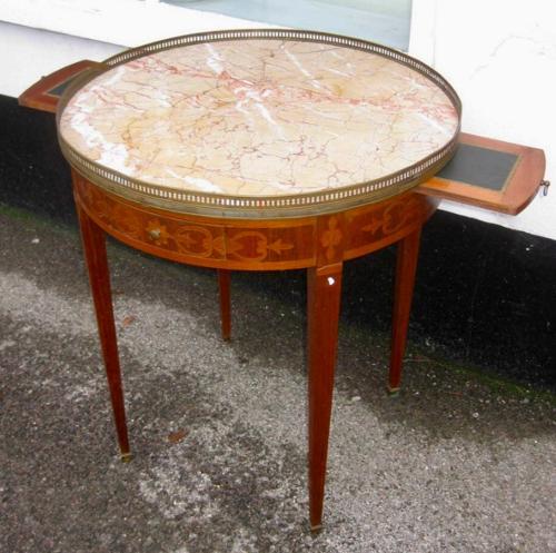 Bouillotte Table
