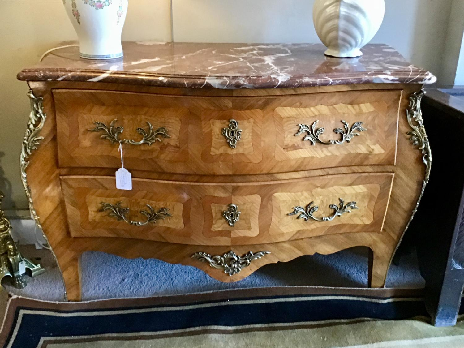 Large Louis Xv style commode
