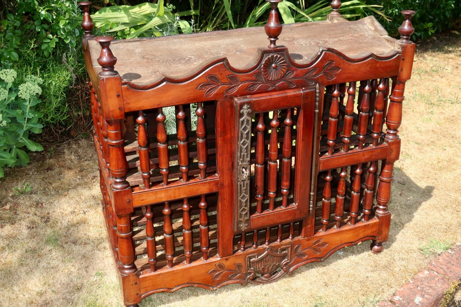 18th Century panetiere