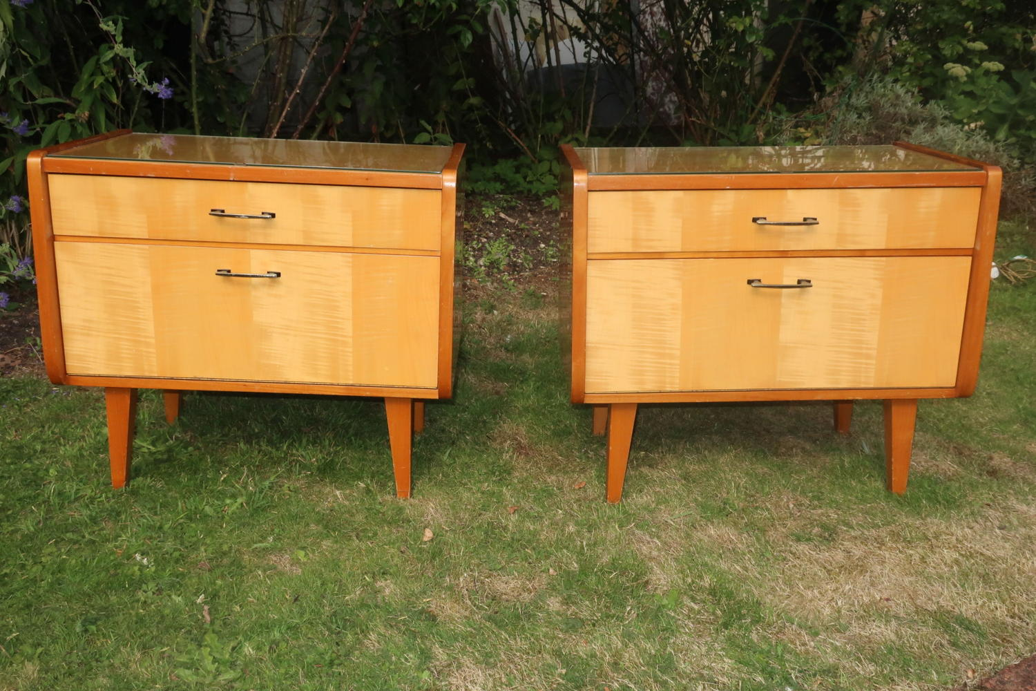 Pair of Italian bedside tables