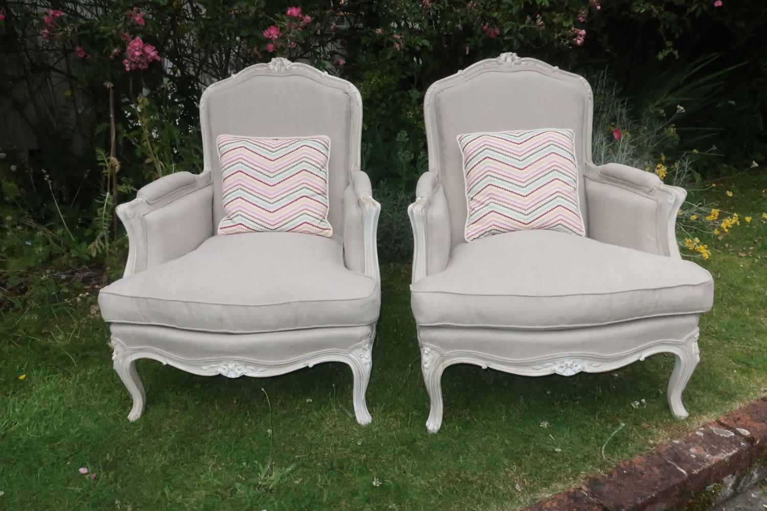 Pair of French armchairs in grey linen