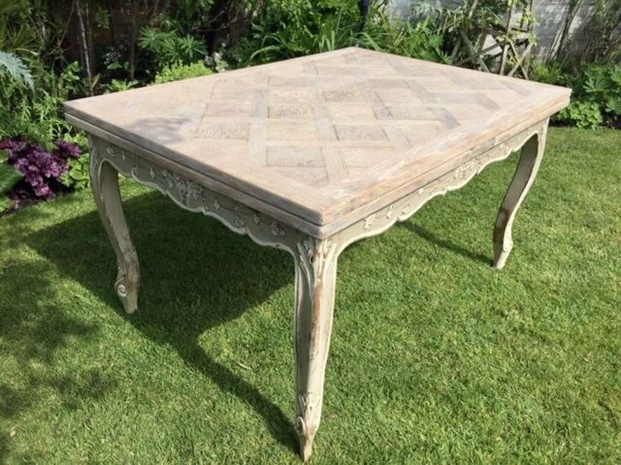 French extending dining table