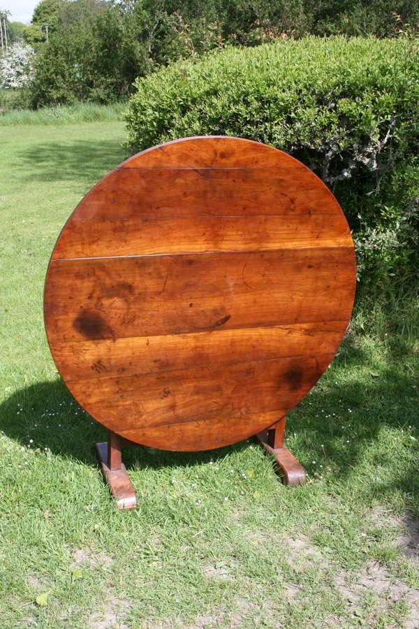 Cherry wood wine table