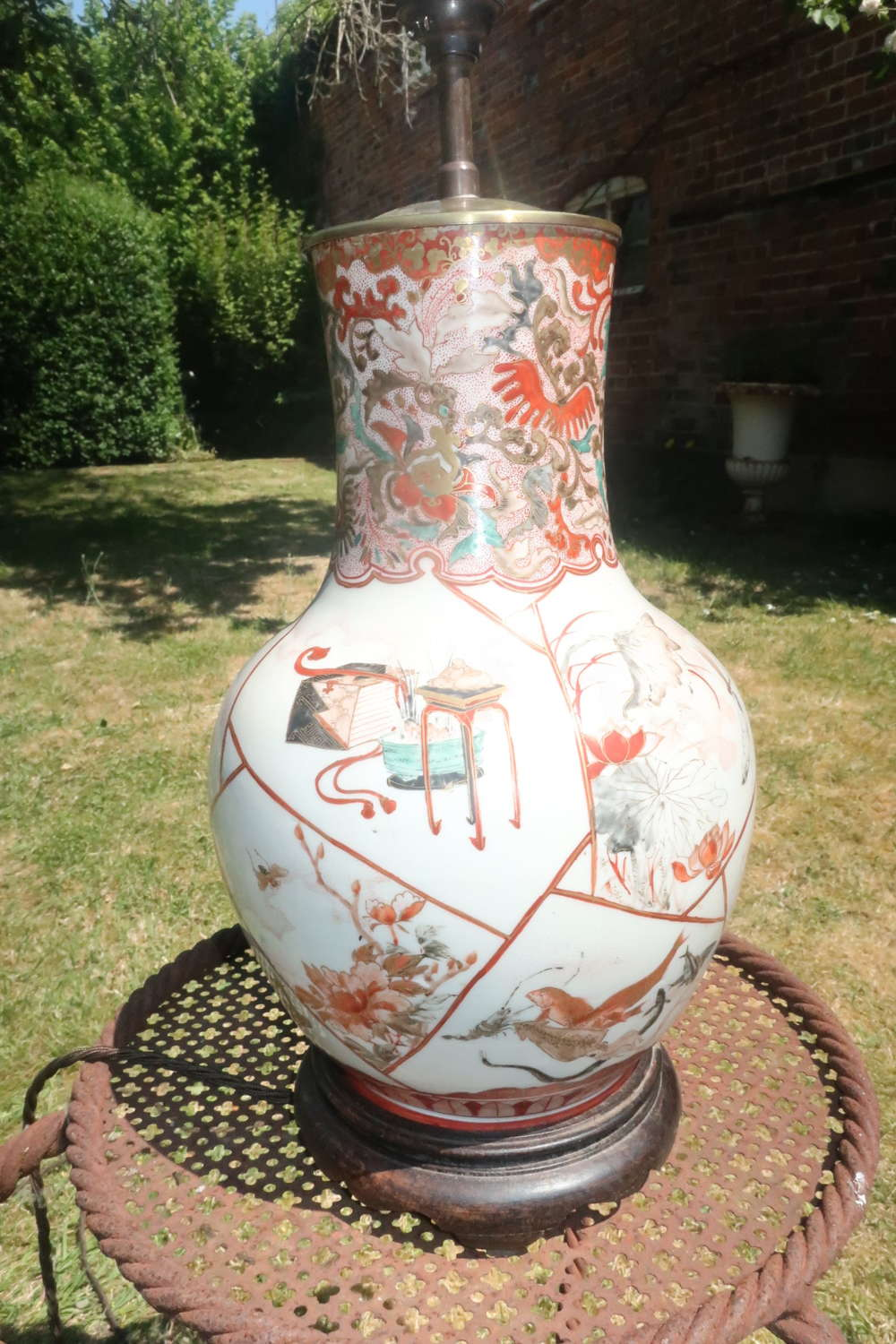 19th Century Chinese porcelain table lamp