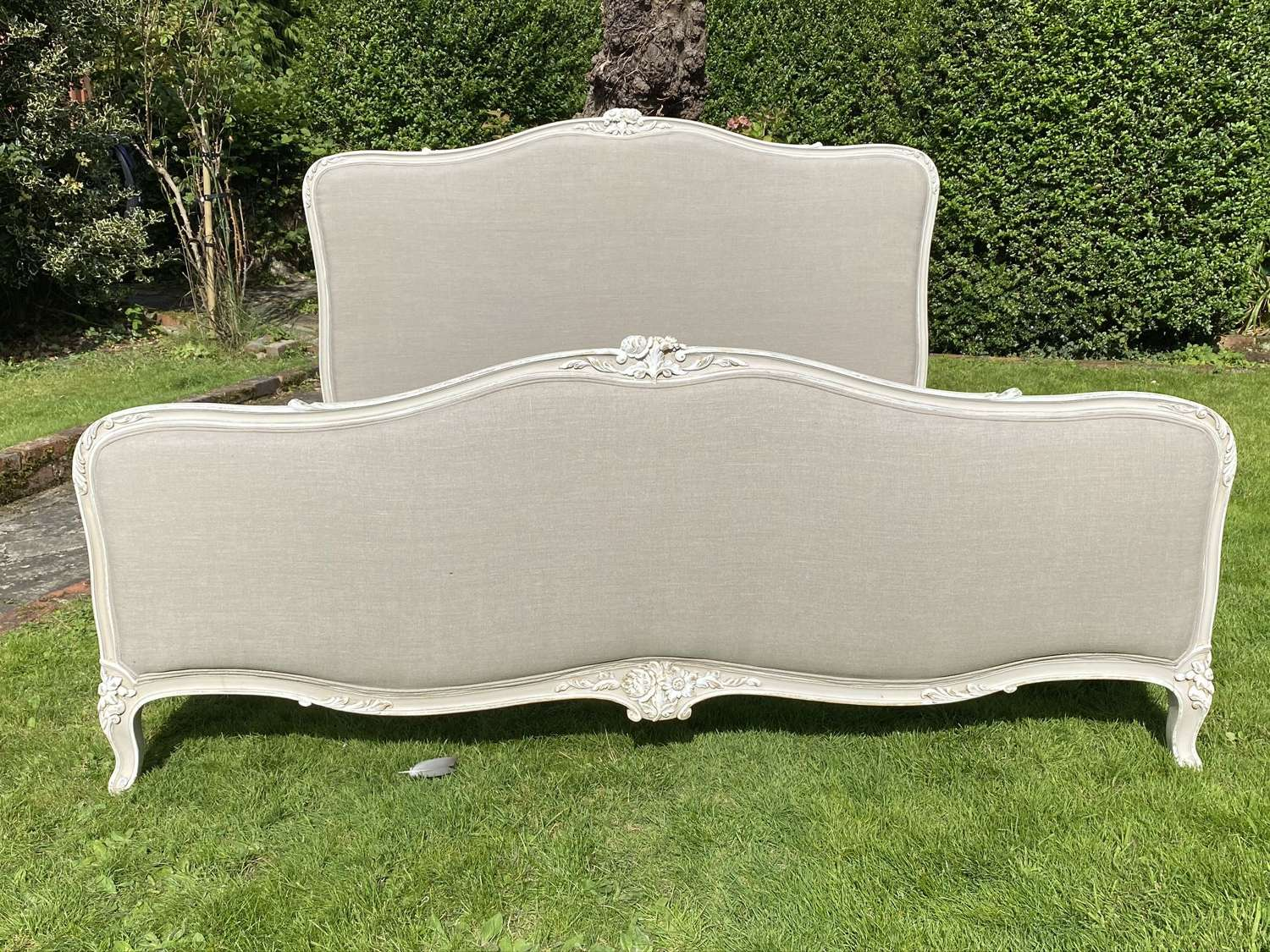 Superkingsize painted French bed