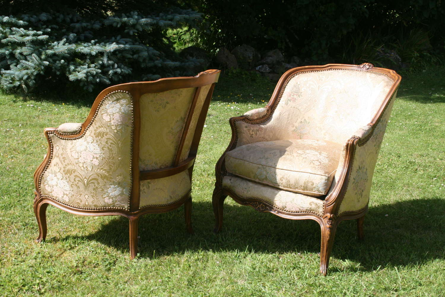 Pair of french bergeres armchairs