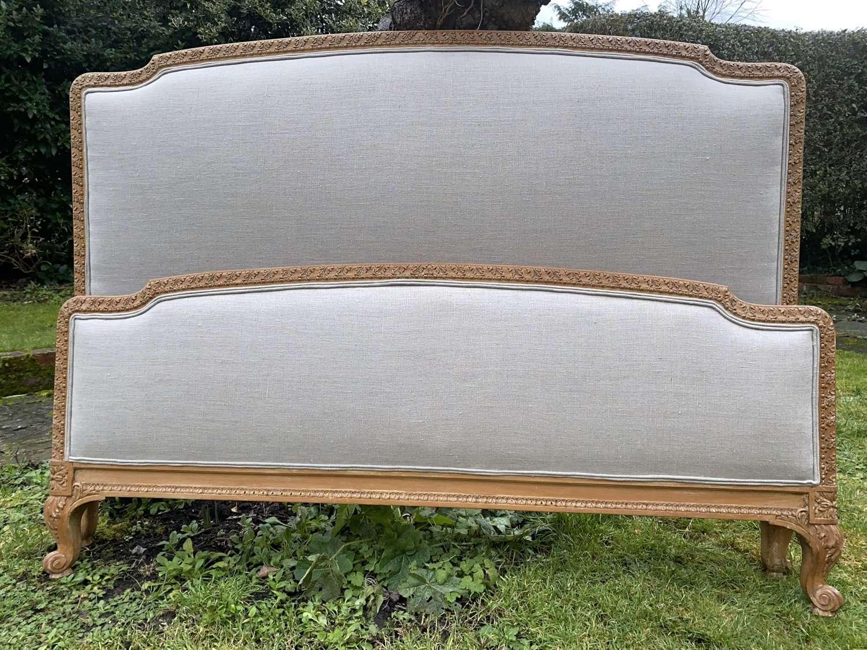 Carved Kingsize bed
