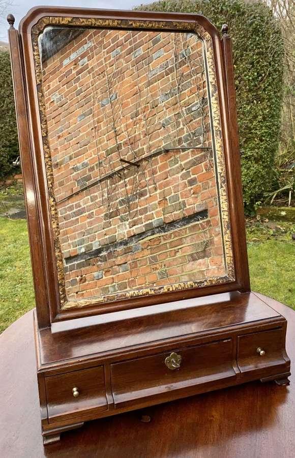 Mid 18th Century Cuban mahogany dressing table mirror