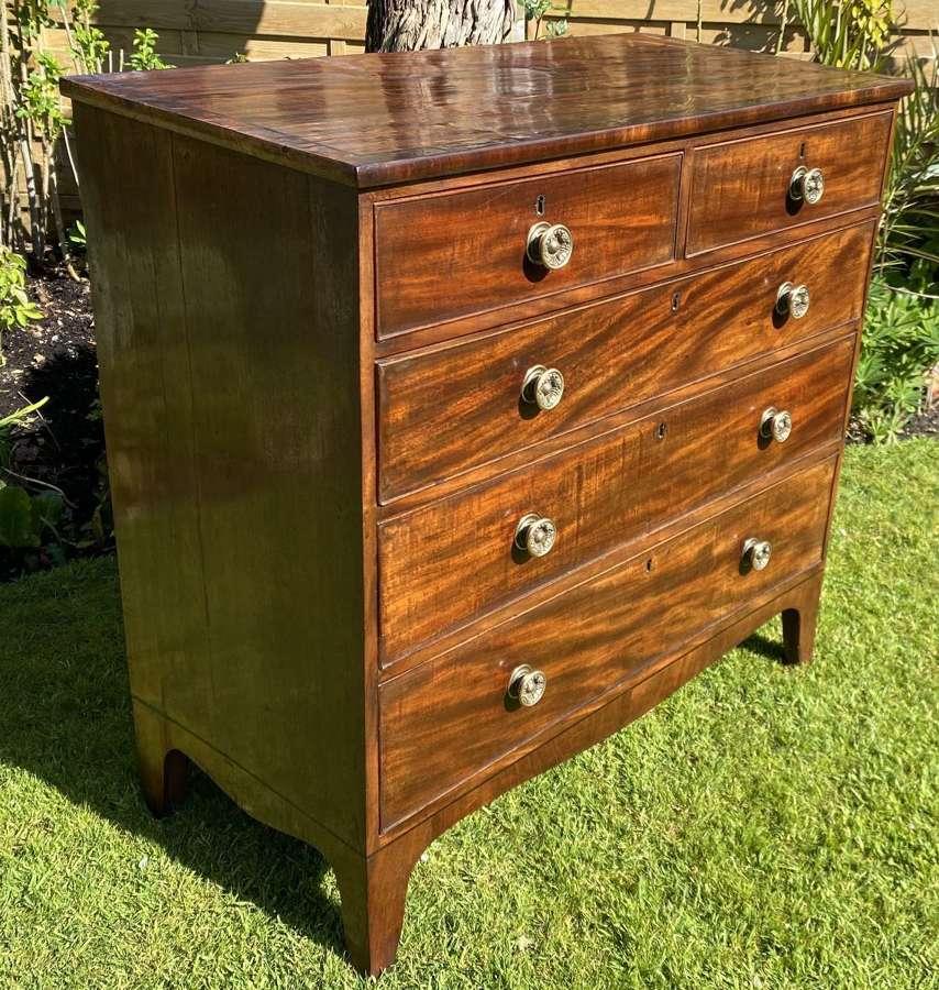 Regency chest of drawers