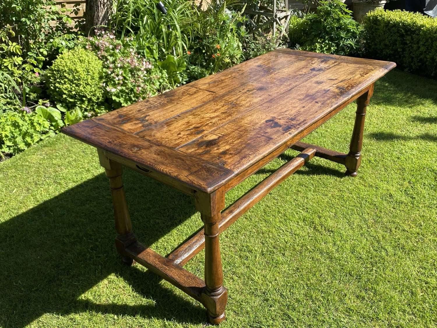 18th Century farmhouse table in oak and cherry