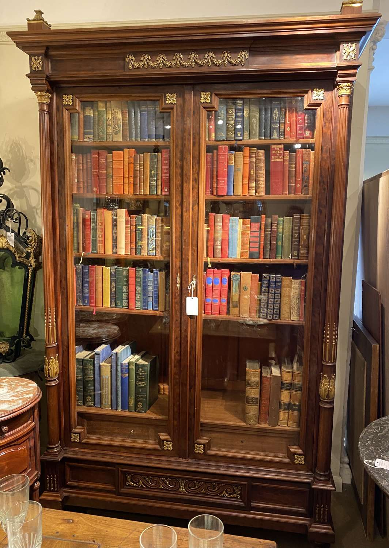 Large bookcase/cabinet
